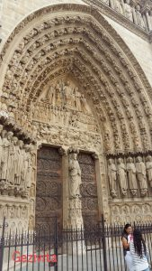 Notre Dame Kapısı