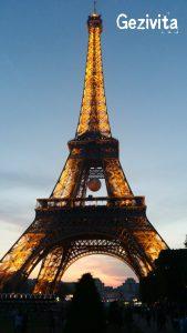 paris-eyfel-kulesi-aksam